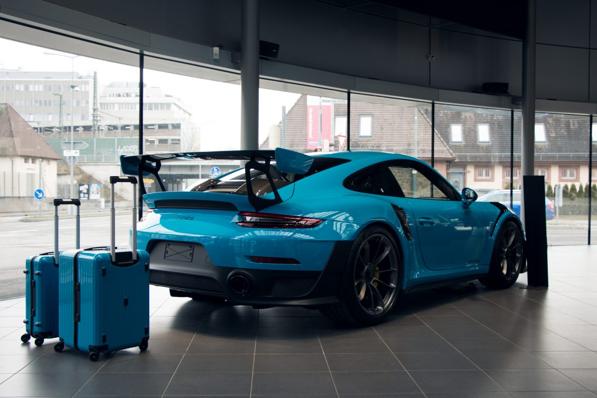 Miami Blue Porsche 991 911 GT2RS